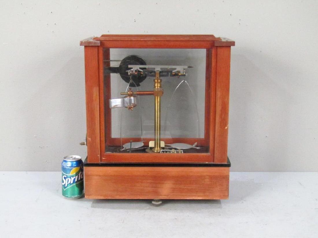 Chainomatic Wood Case Balance Scale - 9