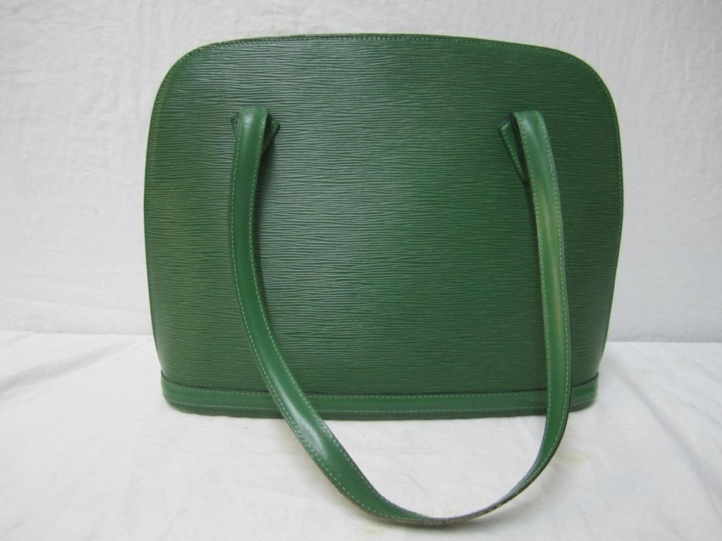 8: Louis Vuitton Green Leather Day Bag