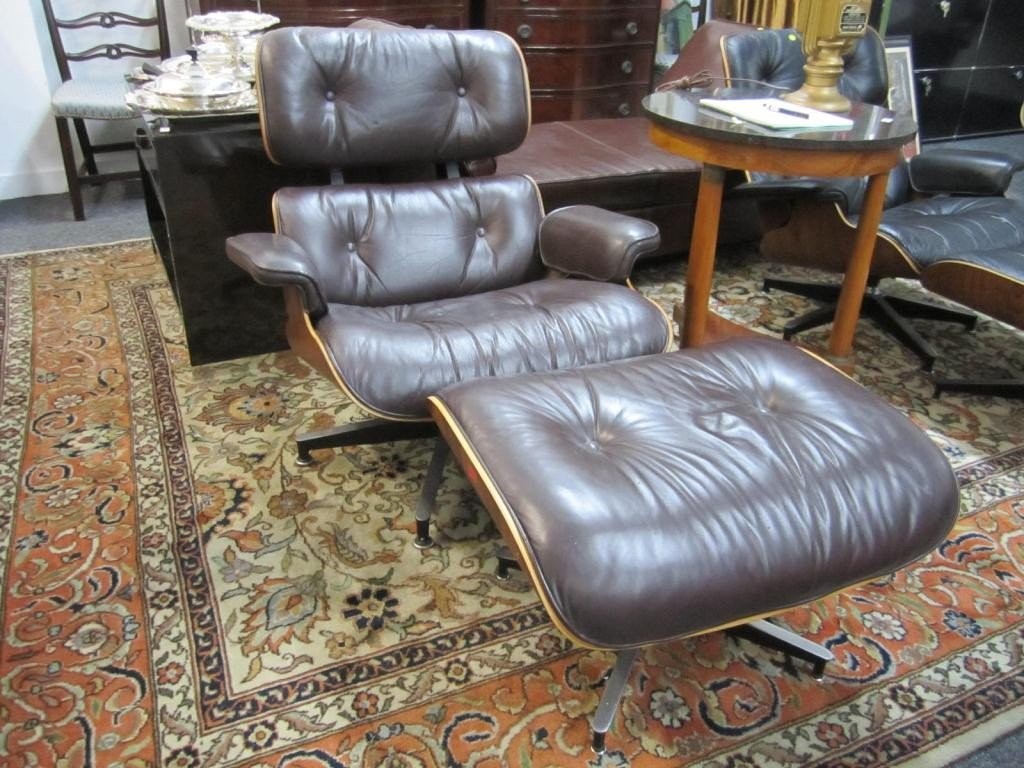 411: 1970's Herman Miller Eames Chair and Ottoman