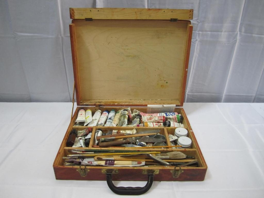 13: Jack Kevorkian's Wooded Paint Carrying Case