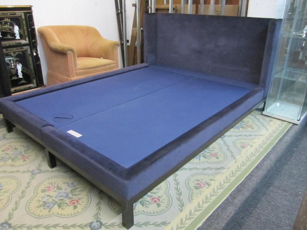 168: Holly Hunt Christian Liaigre Queen Size Bed - 2