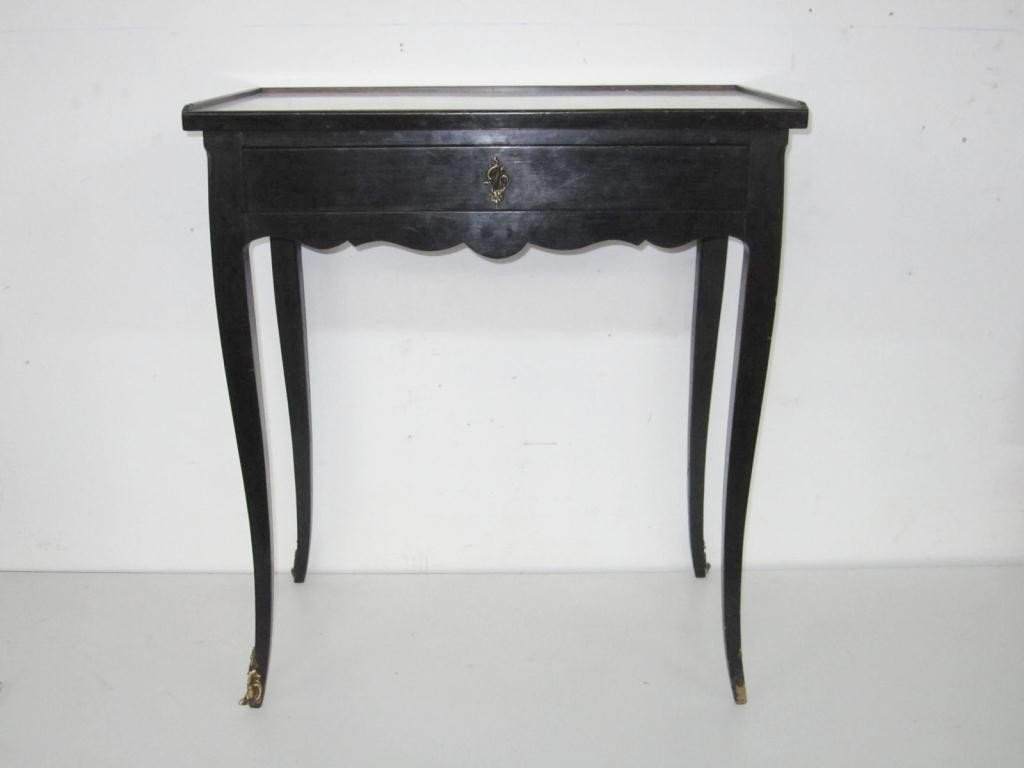 271: Antique French Vanity Table