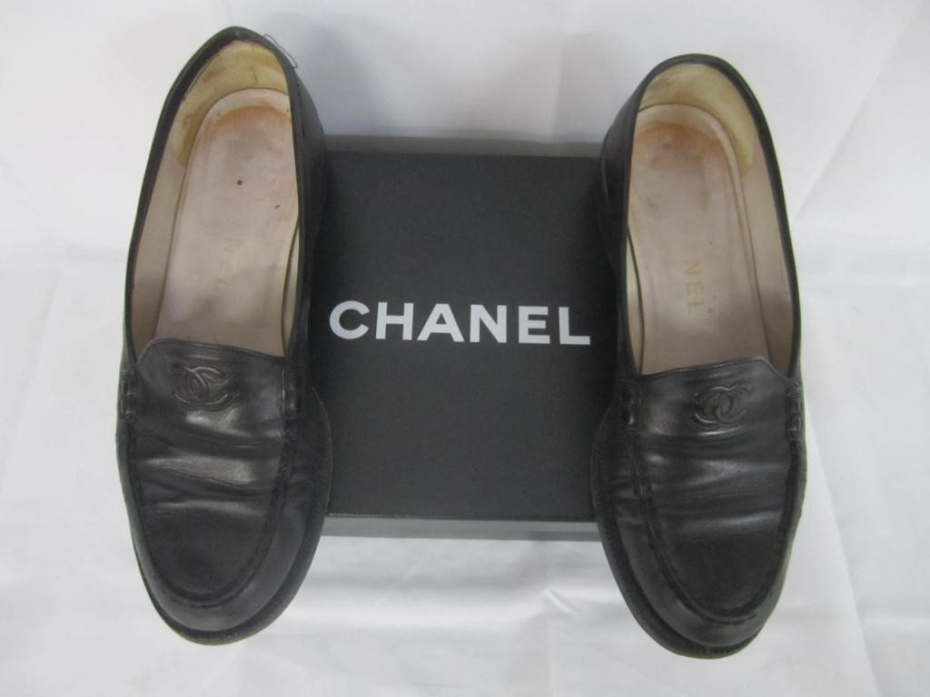 2: Pair Chanel Black Leather Shoes
