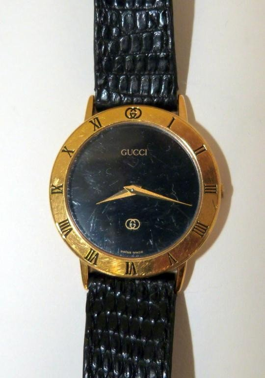 22: Gucci Lady's Wrist Watch