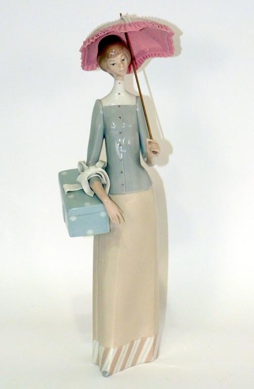 40: Lladro Figure of Lady with an Umbrella