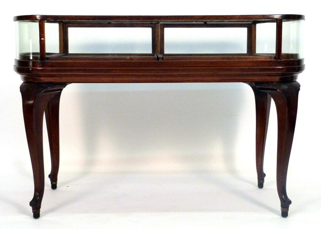 109: Queen Anne Style Jewelry Vitrine Table