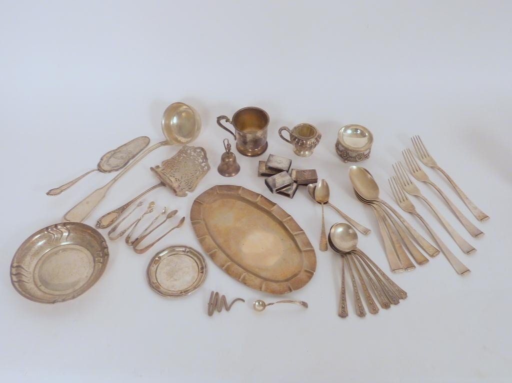 11: Assorted Silver and Sterling Silver Articles