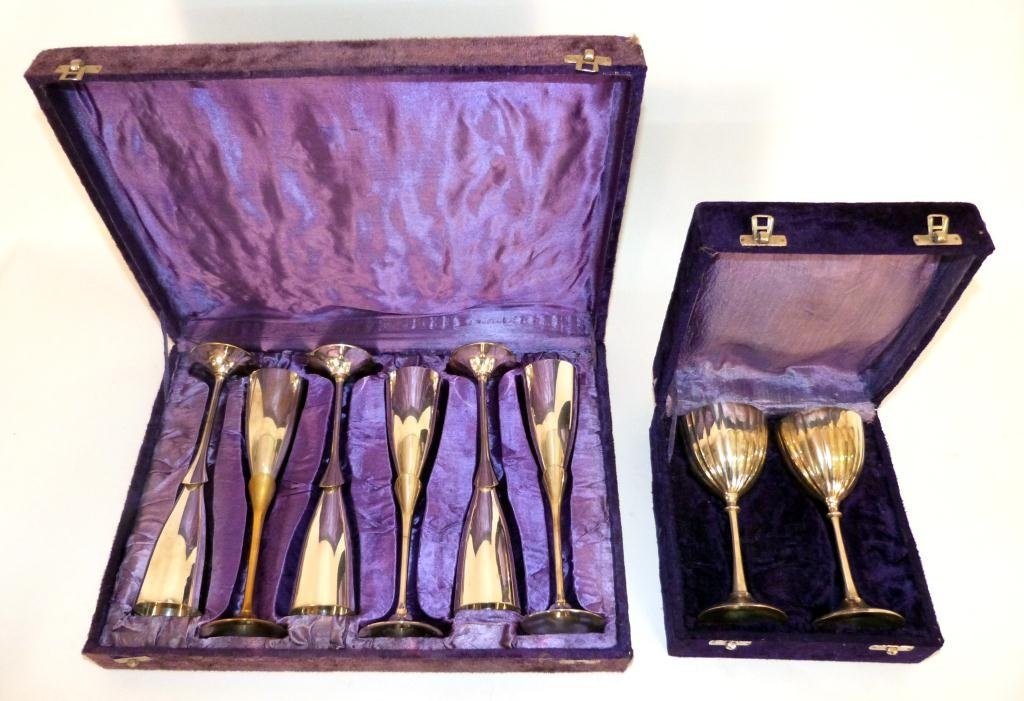 5: 2 Sets of Chromed Wine Cups