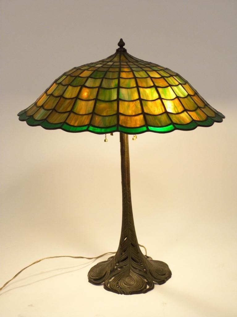 163: HANDEL Leaded Glass Shade Table Lamp