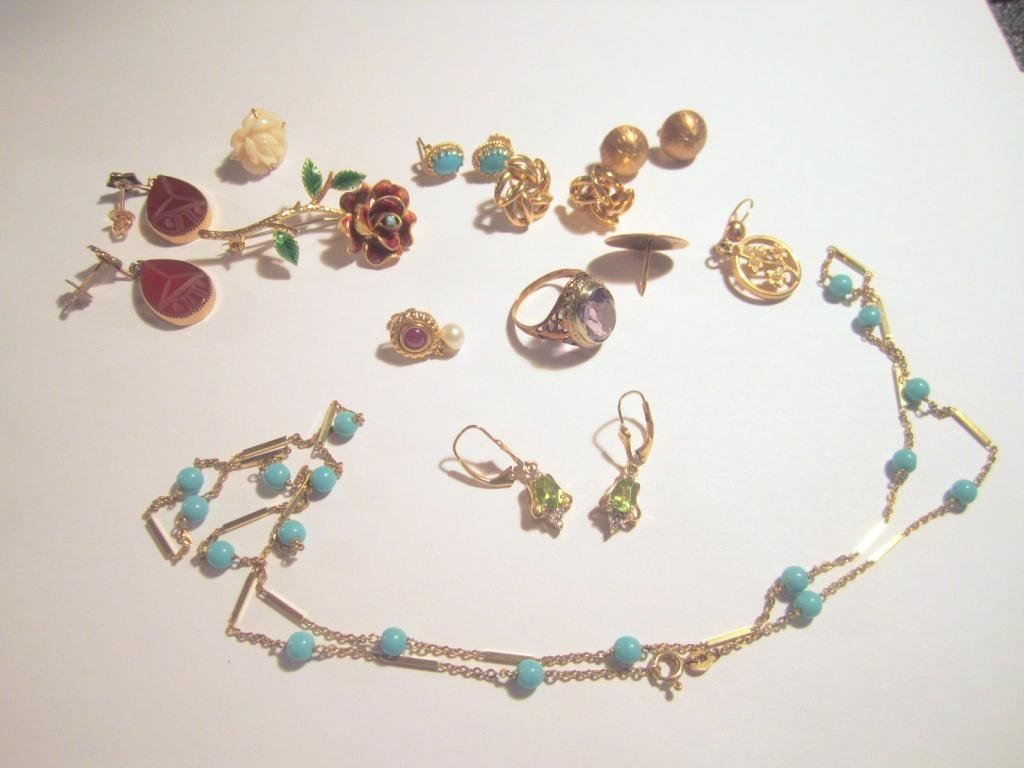 22: Assorted Gold Jewelry - 25. dwt incl.
