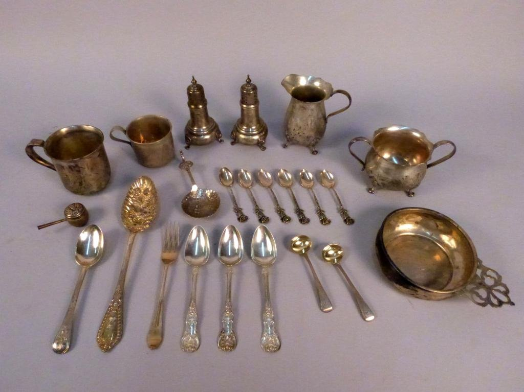 6: 23 Pcs of Assorted Sterling & Continental Silver