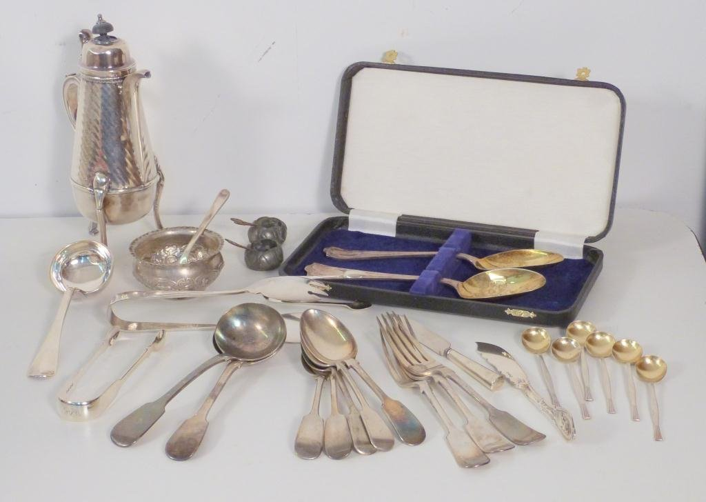 19: Assorted Silver & Silver Plated Articles