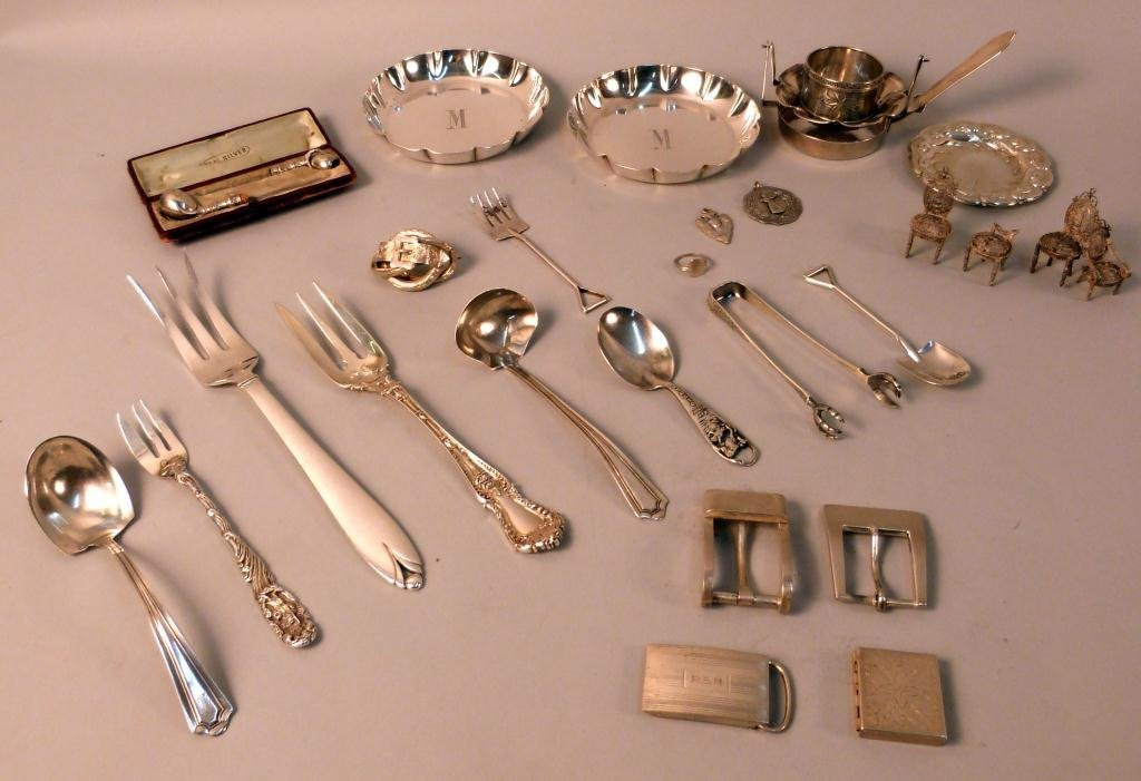 23: Assorted Sterling Silver Articles - 25 troy oz