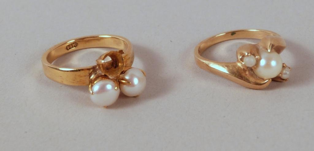 5: 2 14K Gold & Pearl Rings