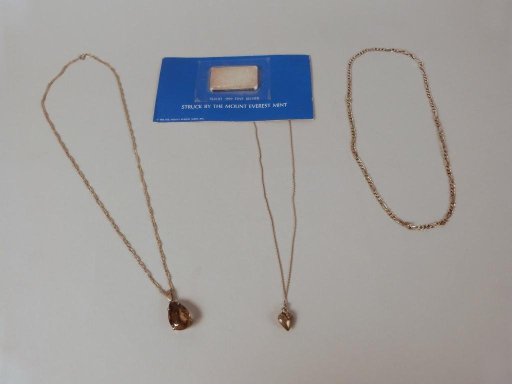 17: Assorted Silver - Bar and Necklaces