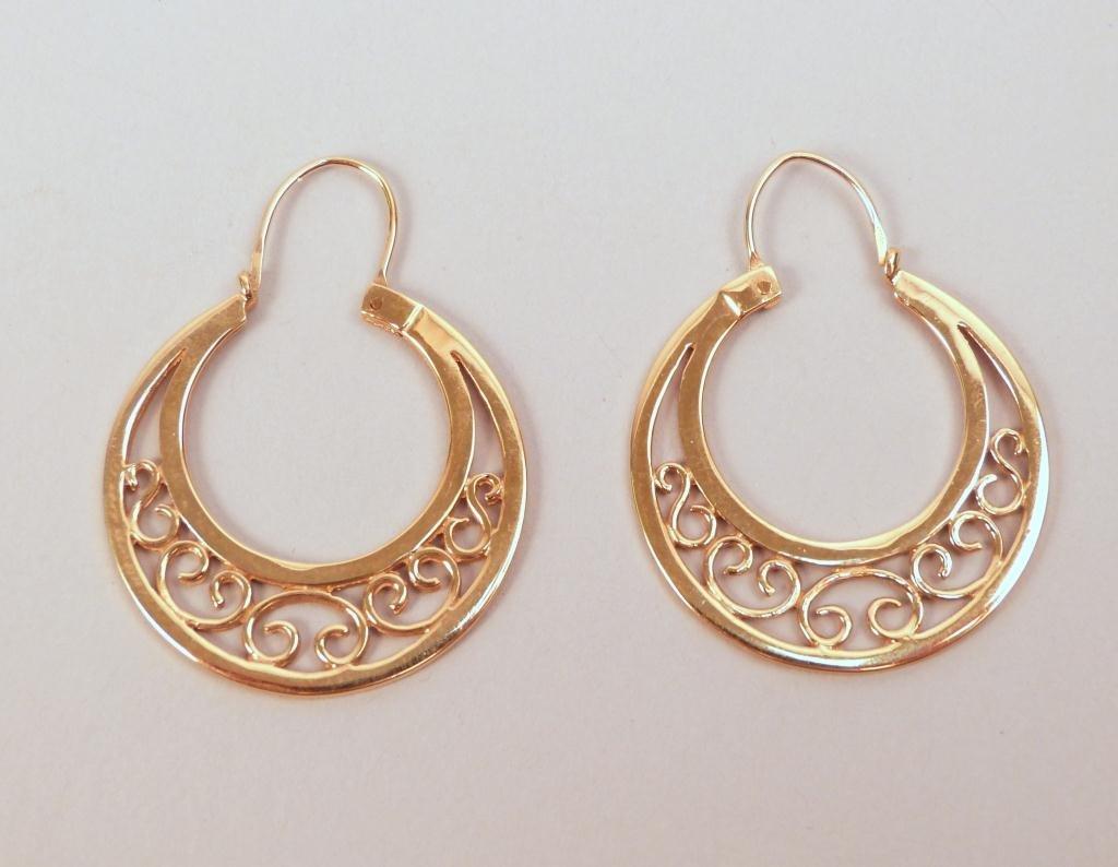 Pair 14K Gold Loop Earrings