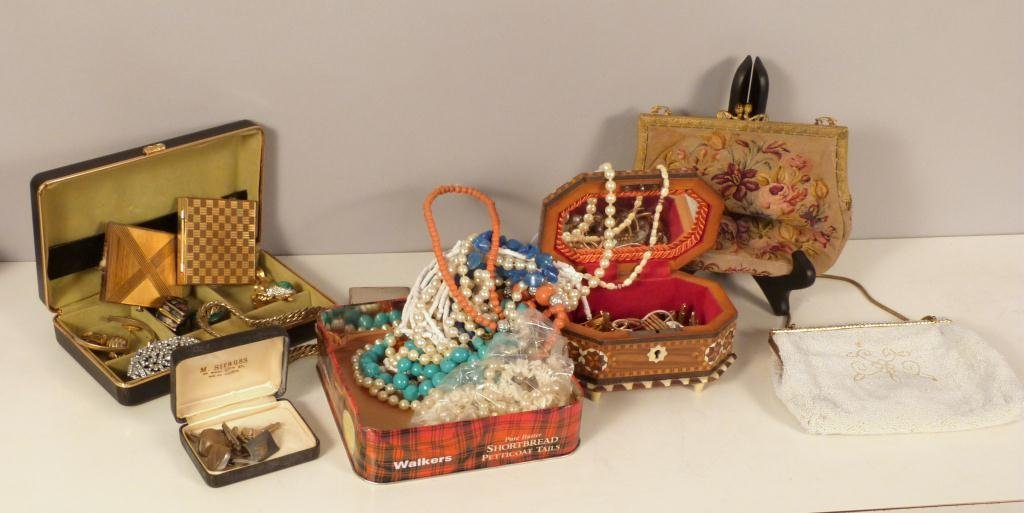 Assorted Cotume Jewelry