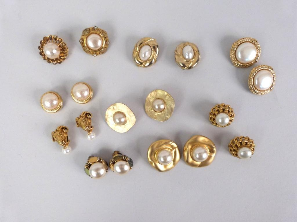 8 Pair Costume Jewelry Earrings