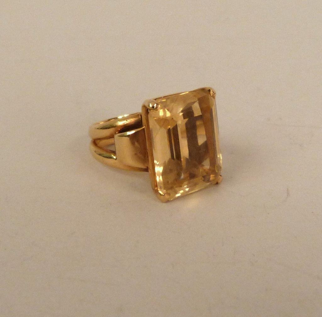 14K Gold and Yellow Stone Ring
