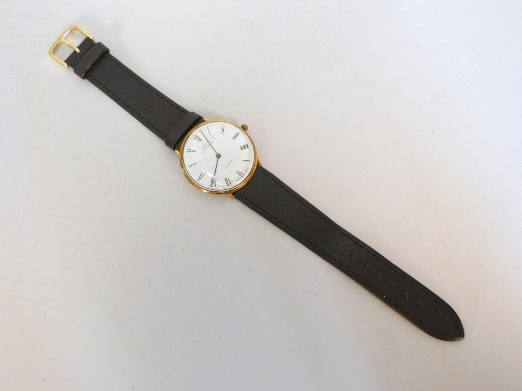 Vintage Saks Fifth Avenue Mans Wrist Watch - 2