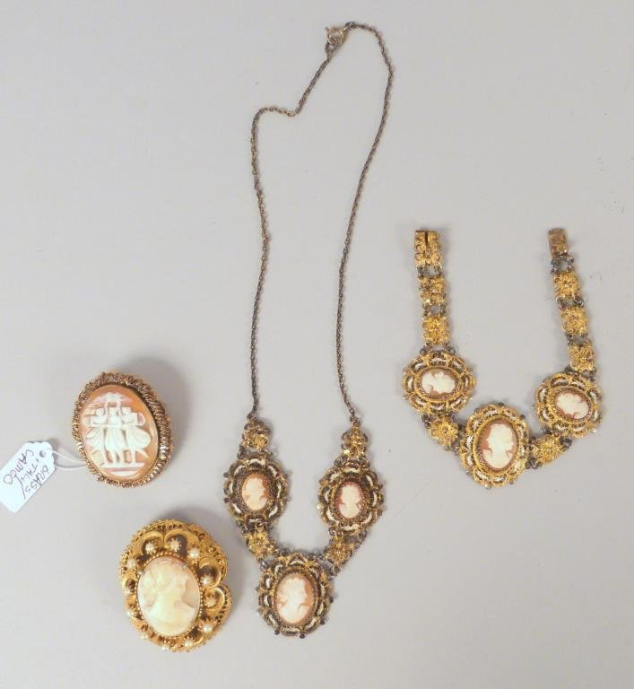 4 Pieces of Cameo and Filigree Jewelry