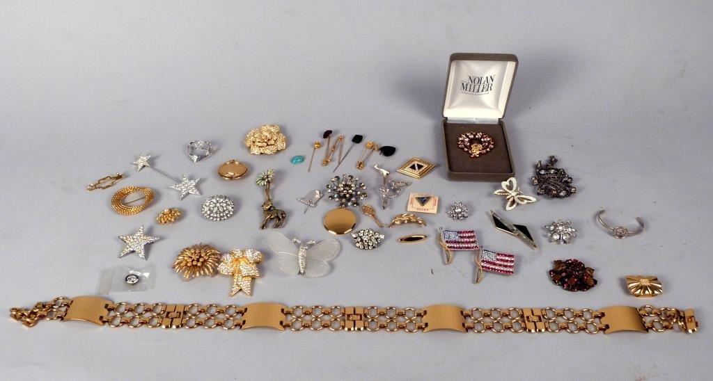 40+ Pieces of Costume Jewelry