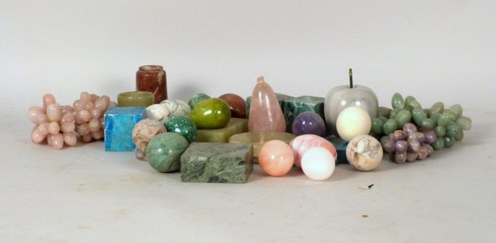 Assorted Hardstone Articles