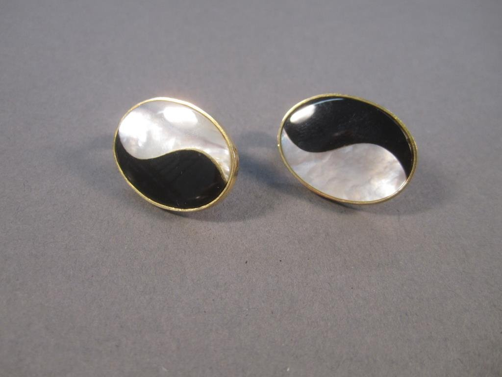 Pair 14K Gold Earrings