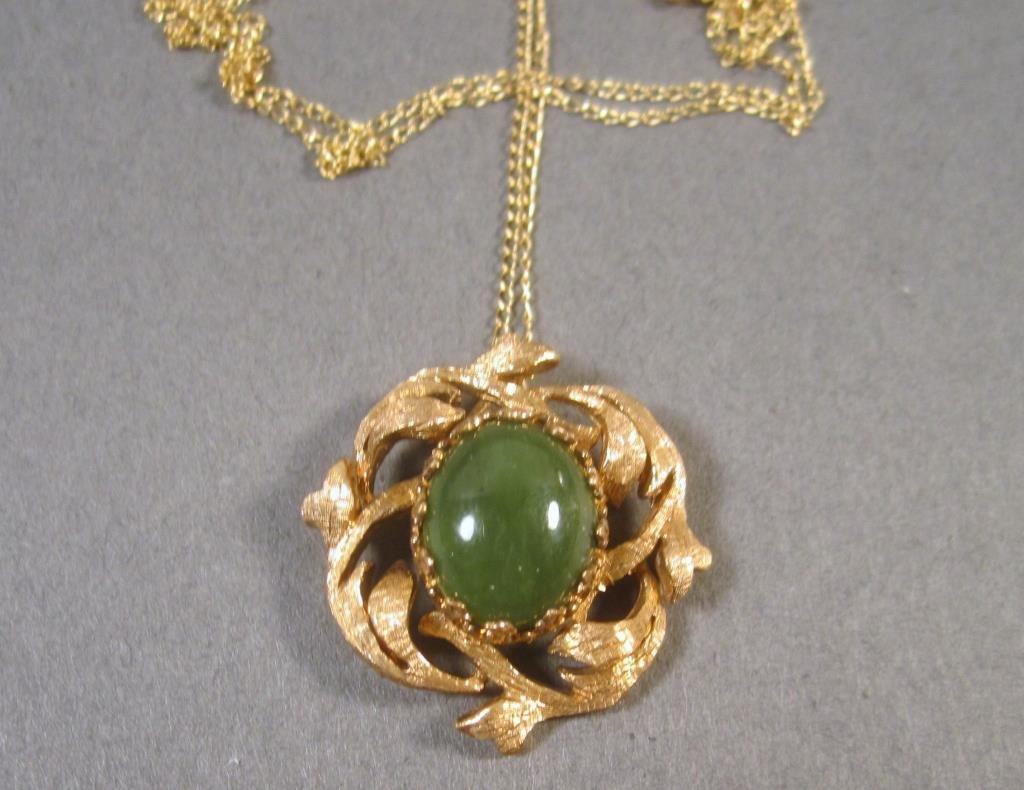 14K Gold & Jadeite Pendant