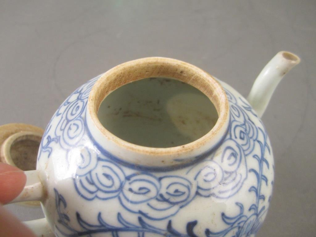 Old Chinese Blue and White Tea Pot - 5