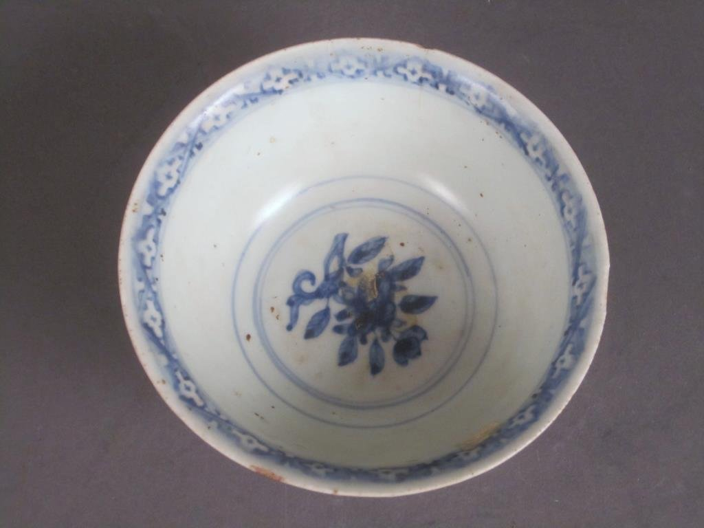 Antique Chinese Blue and White Bowl - 2