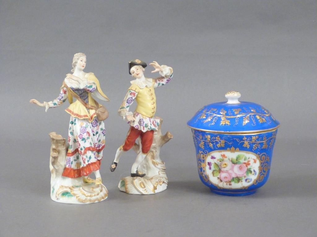 3 Porcelain Articles