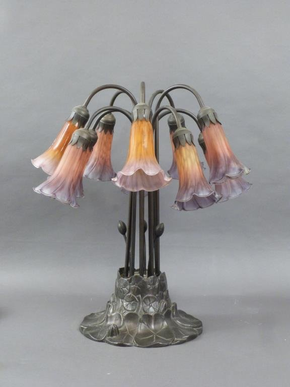 Tiffany Style 10 Light Table Lamp