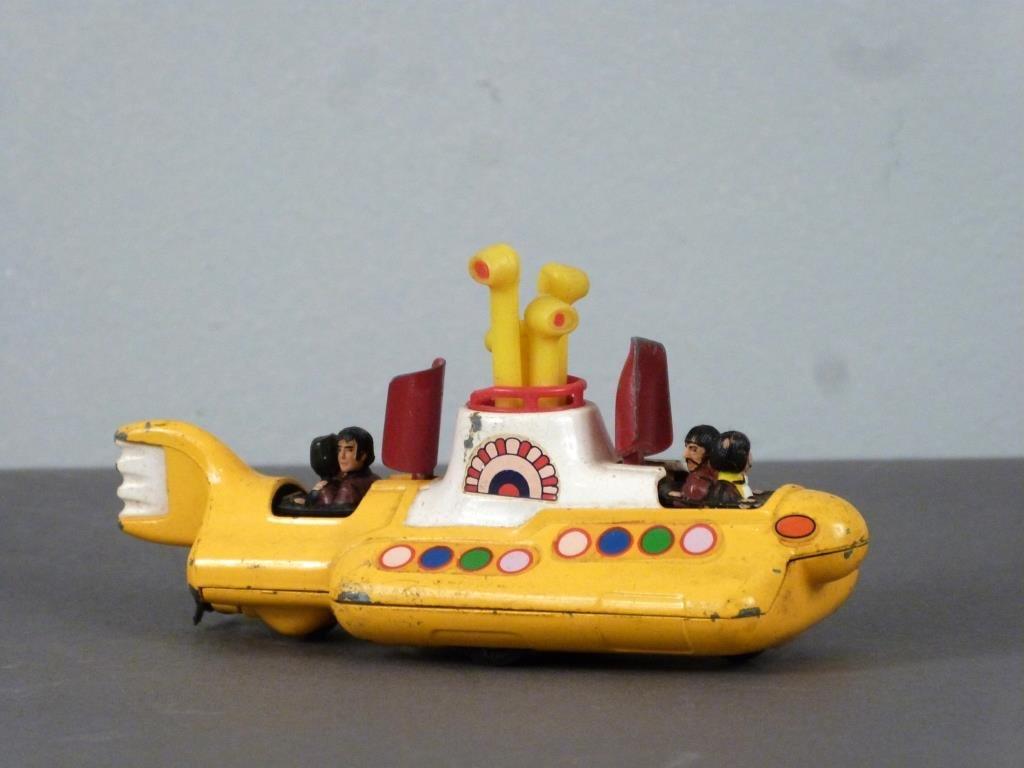 Corgi Beatles Yellow Submarine Toy