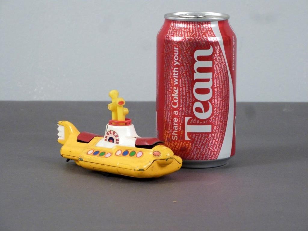 Corgi Beatles Yellow Submarine Toy - 6