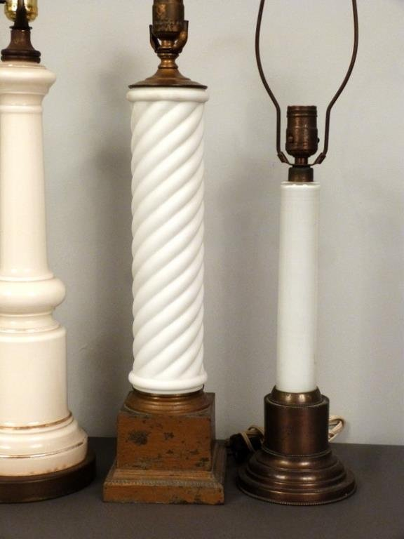 5 Assorted Columnar Lamps - 3