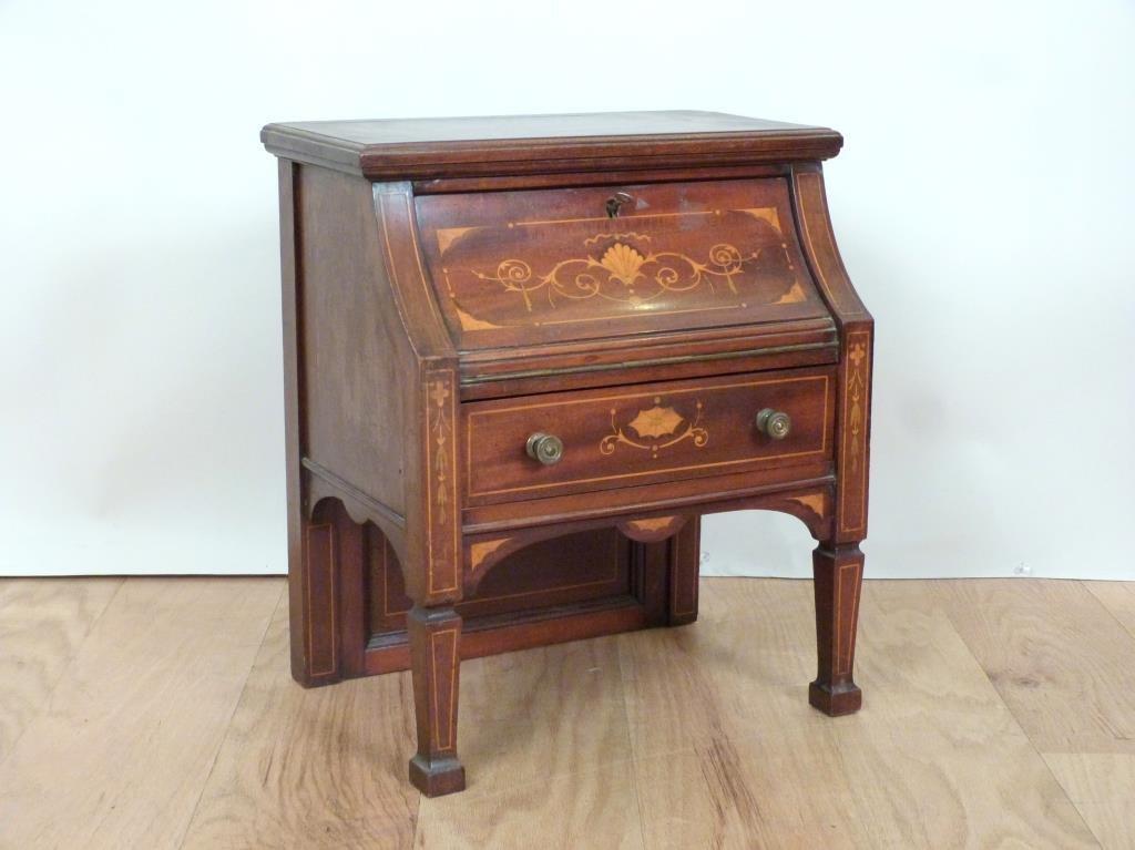 Adam Style Miniature Desk