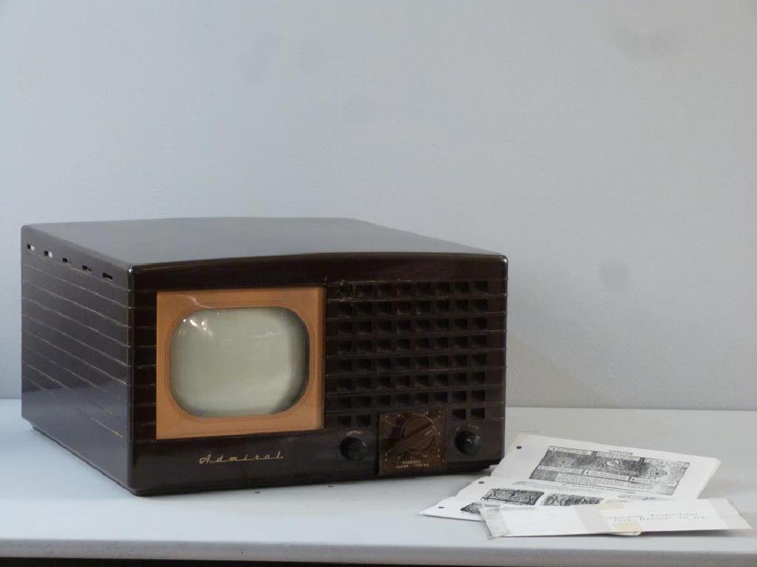 1948 Admiral Television Set - 3