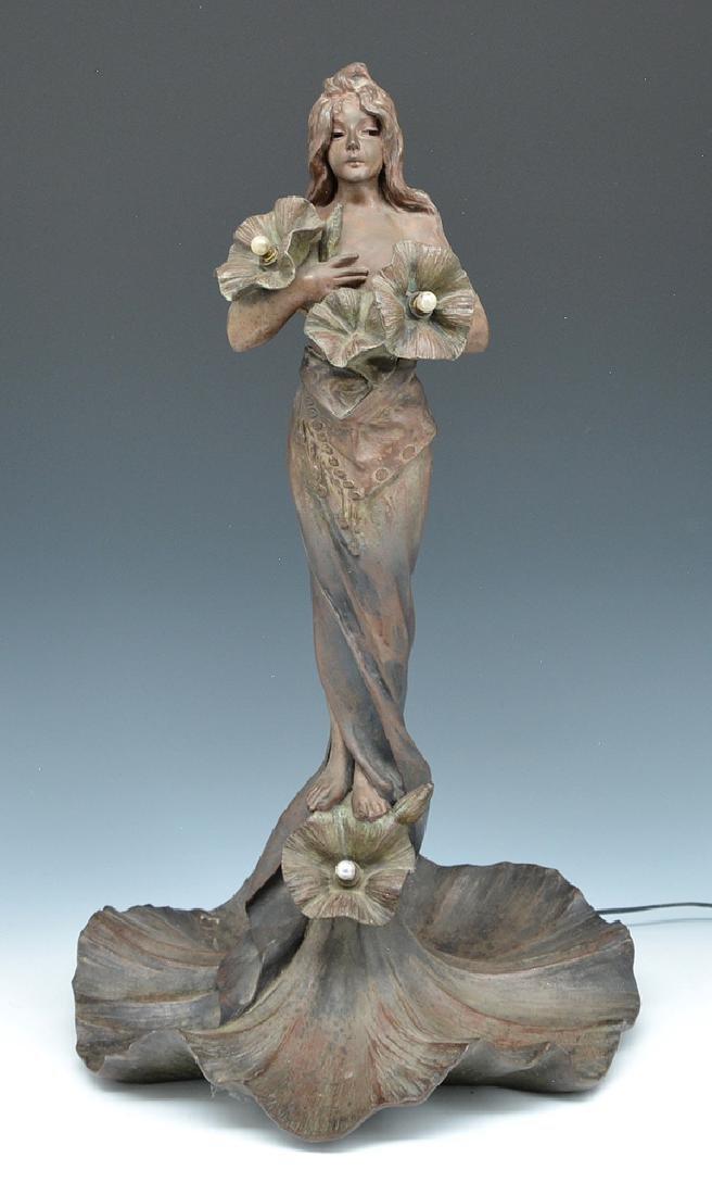 Emmanuel Villanis, art nouveau figural lamp