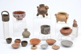 17 Pre-Columbian bowls and vessels