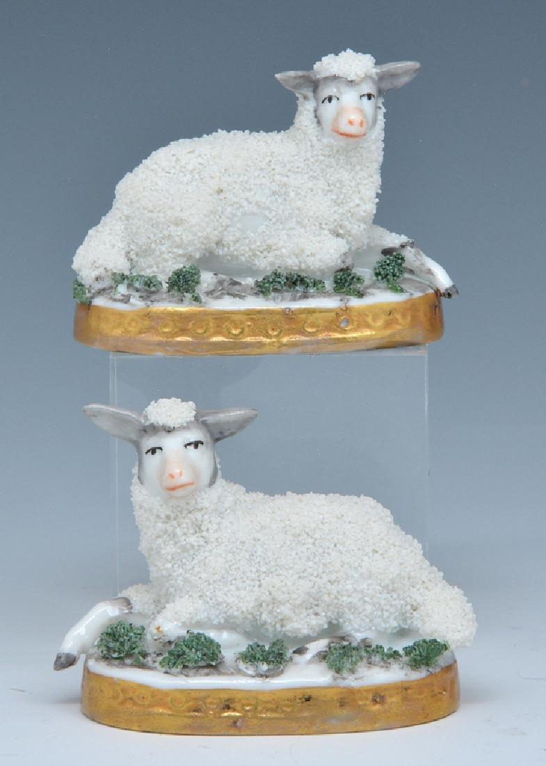 2 Chelsea porcelain sheep, 18th c