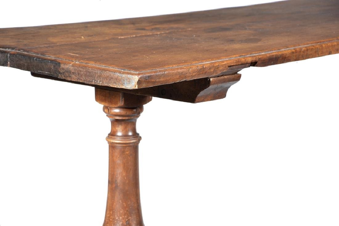 Spanish walnut trestle table, 18th/19th c - 2