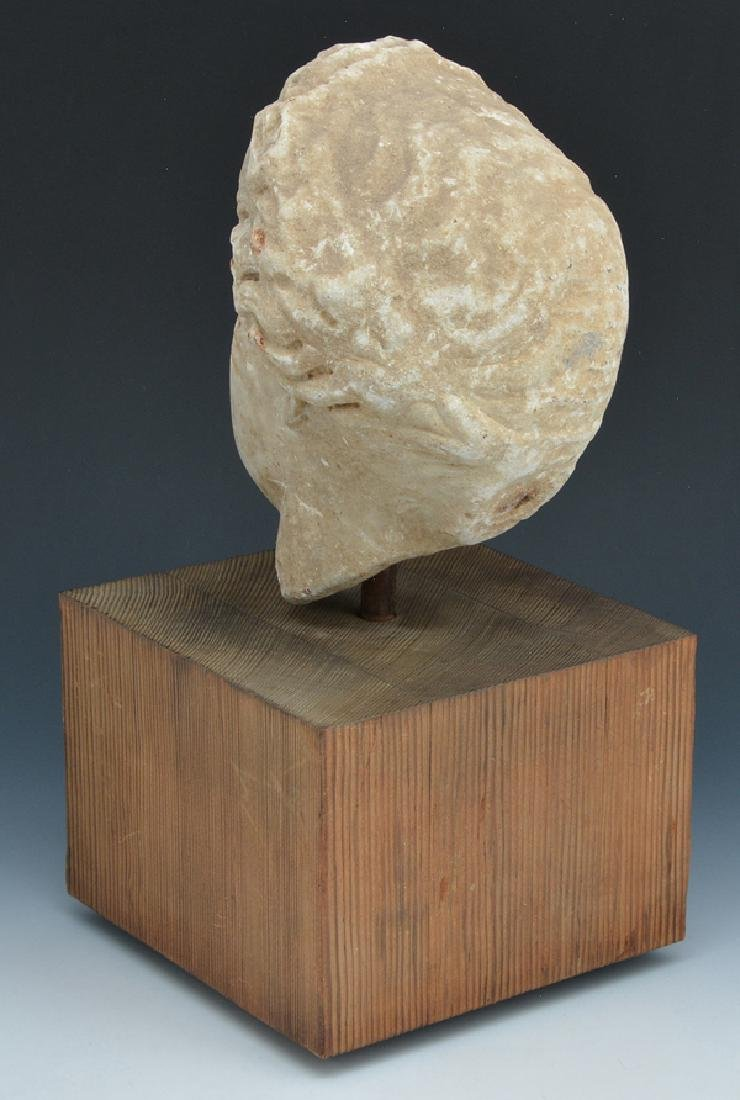 Roman marble fragment of female head on stand - 3