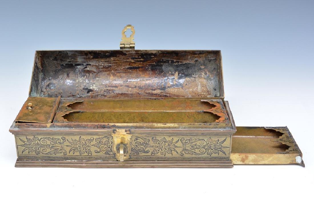 Persian bronze oil vessel and opium box - 3