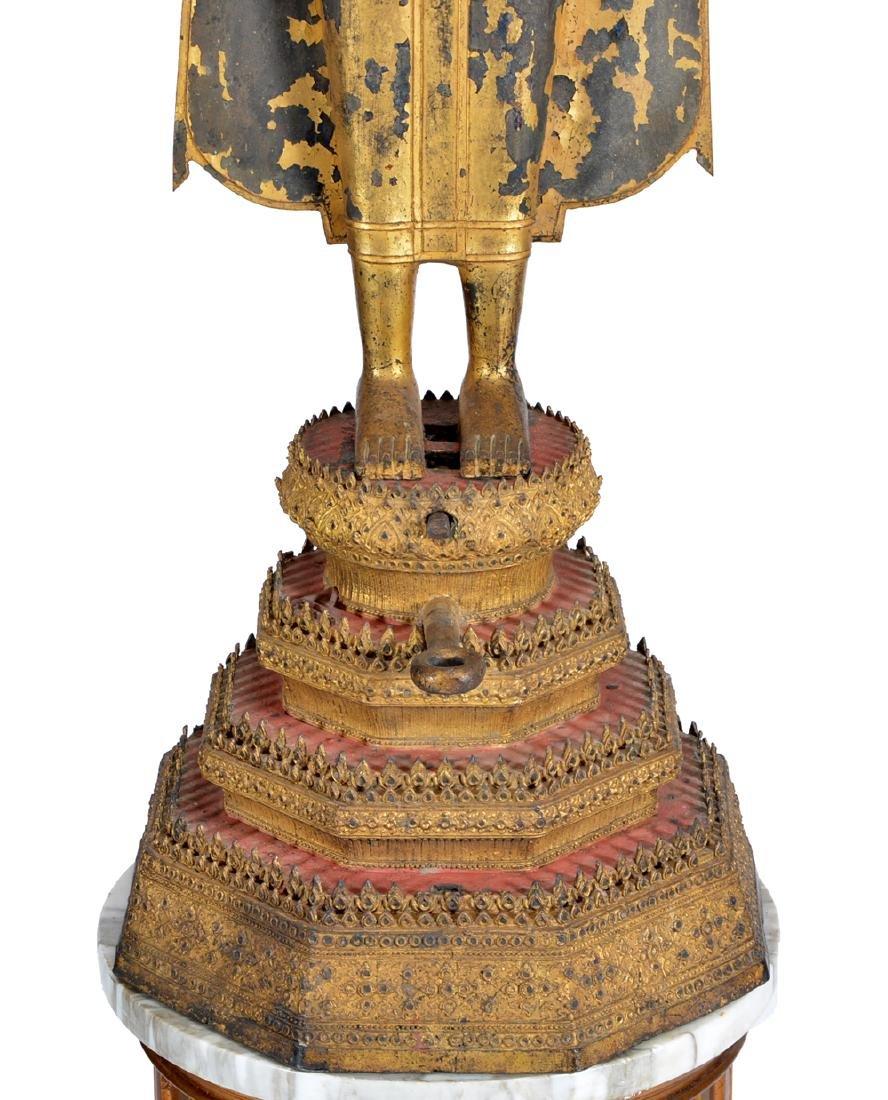 Large Thai gilt bronze Buddha on stand - 3