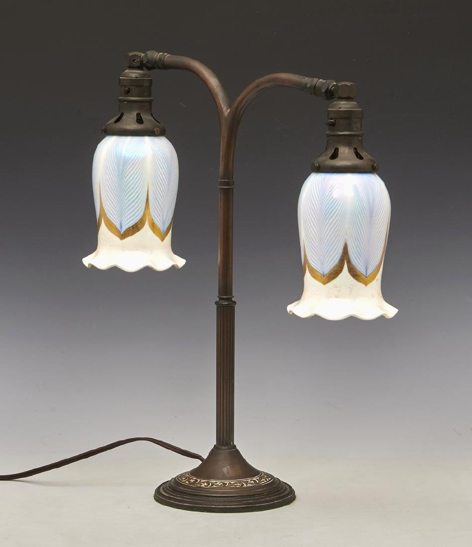 Table lamp with 2 Steuben style pulled feather shades