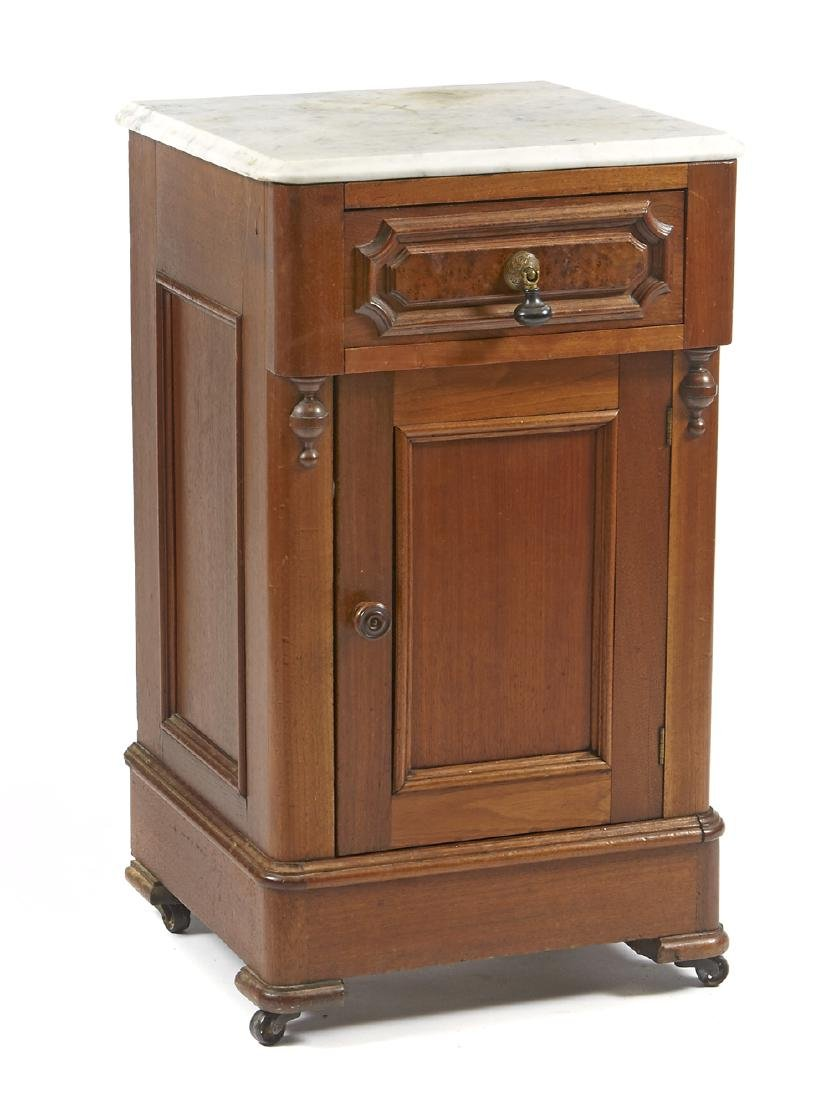 Victorian Antique Furniture for Sale at Auction