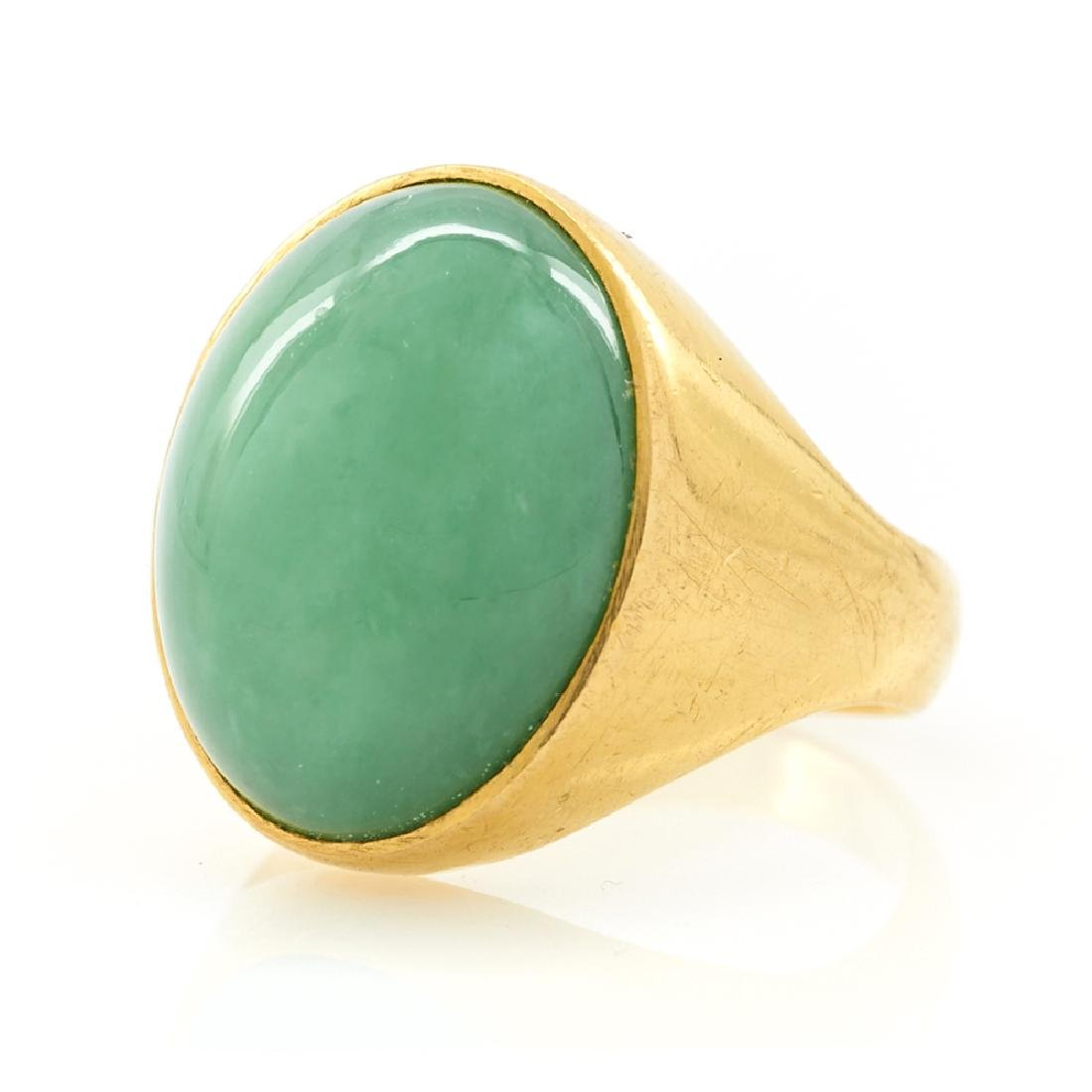 22k Yellow gold jade ring.