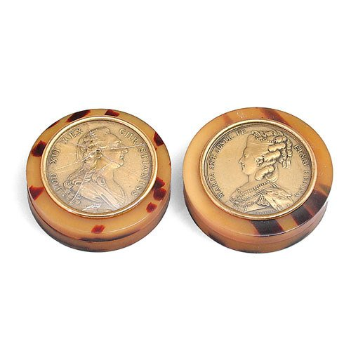 7: Pair Snuff Boxes With Inset Medallions.