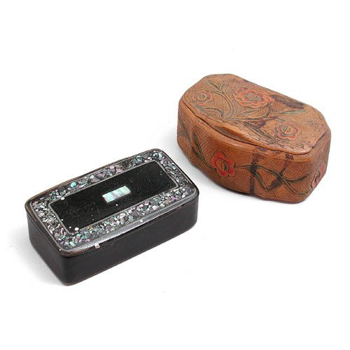16: Two 19th C. Snuff Boxes.